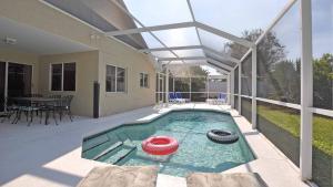 POV Pool1 3840x2160
