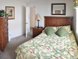 25 3rd Bedroom